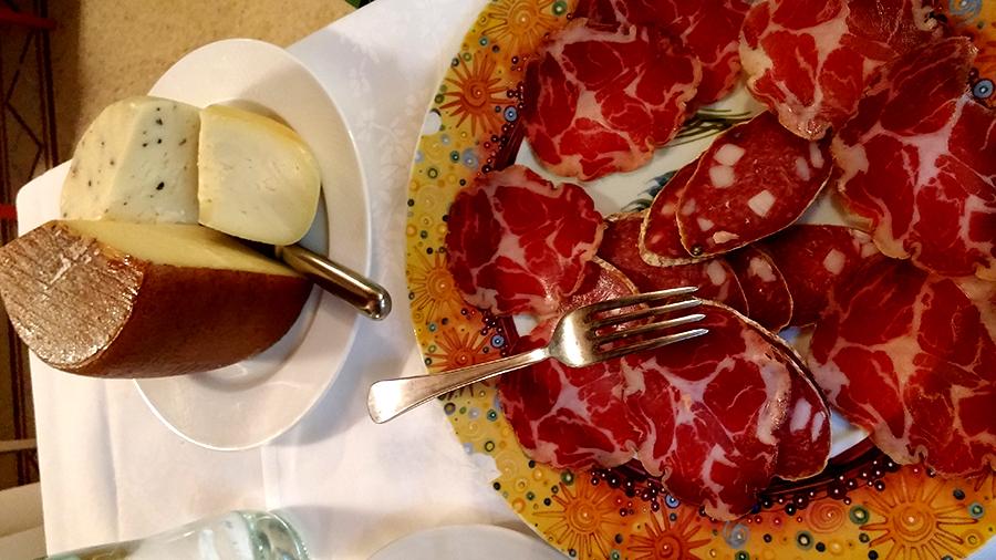 Tartufi, Truffels eten Italie, Truffelkaas