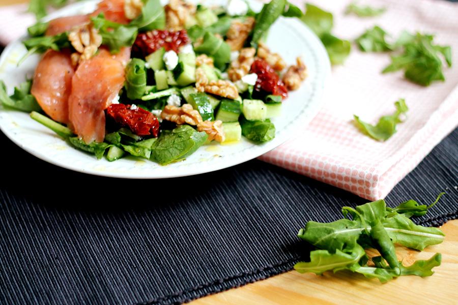 Salade met gerookte zalm