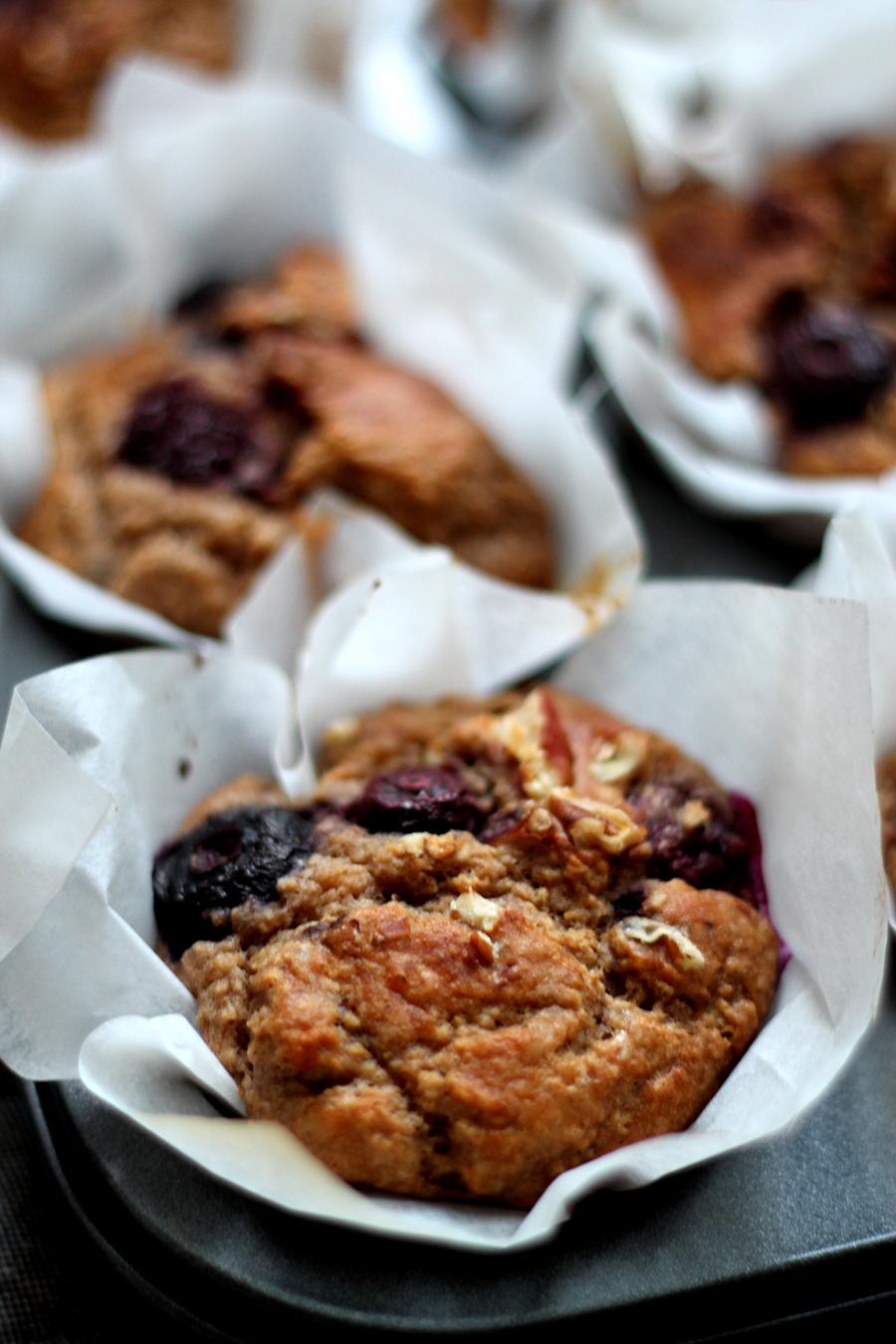 Gezonde ontbijtmuffins met havermout en fruit