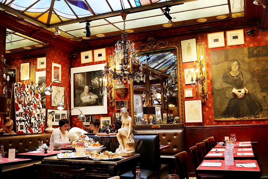cafe-du-palais