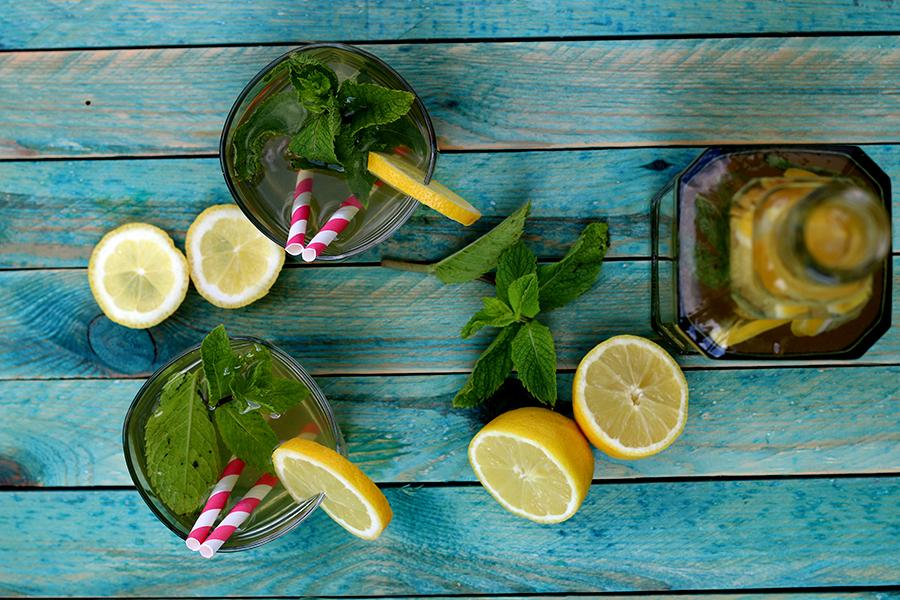 gezond zomerdrankje: home-made ice tea