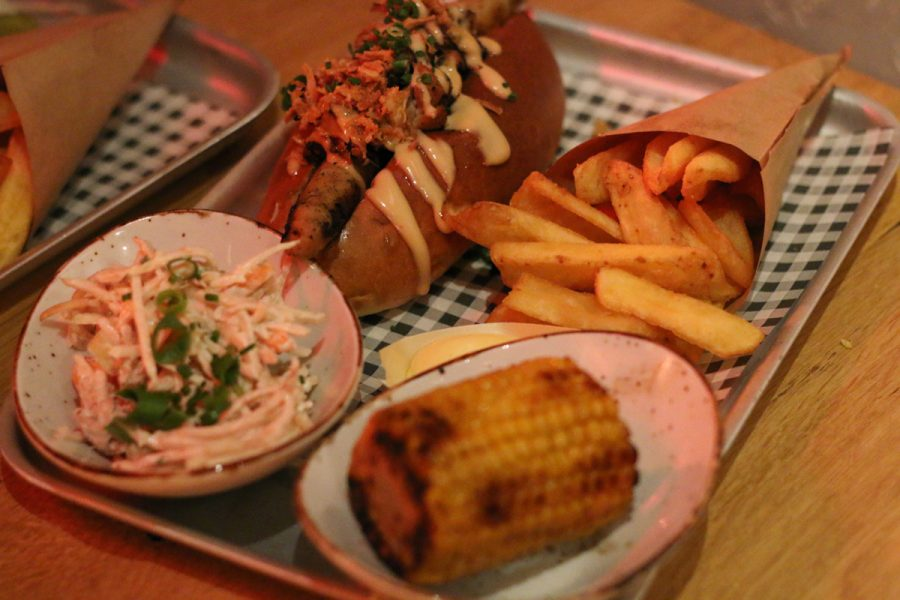 Freddys in Nijmegen, bier, burgers, hotdog, ging-tonic, nijmegen hotspot