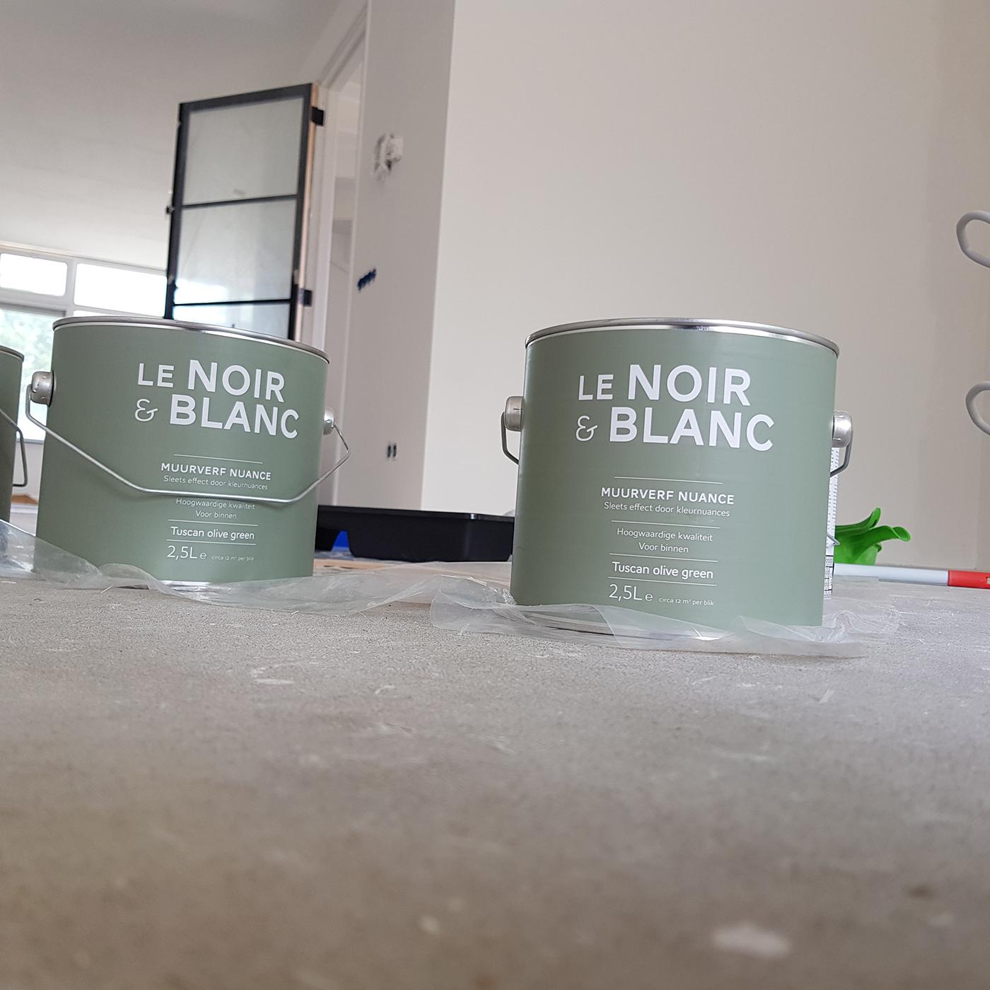 Verven huis met Le noir & Blnac