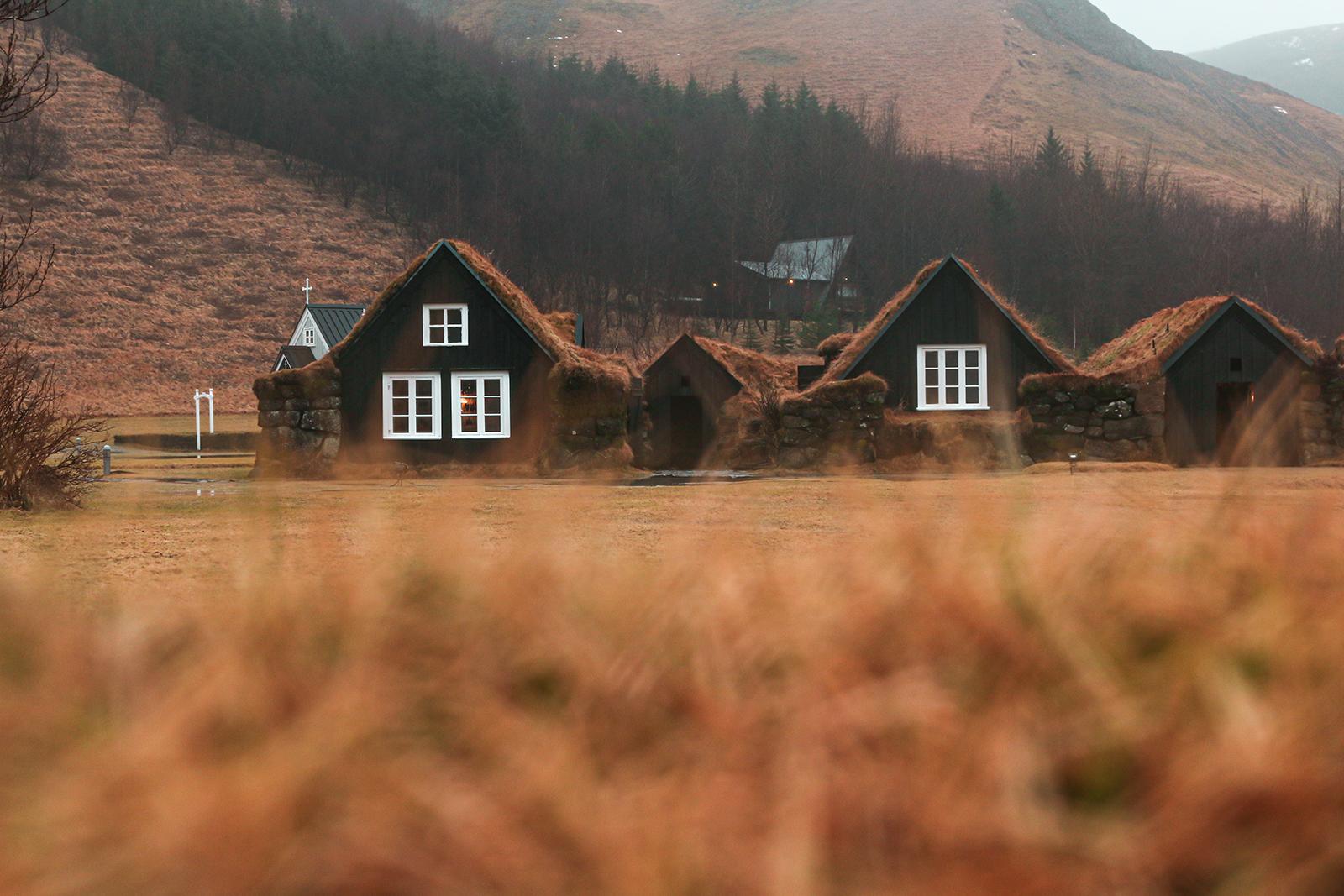Bobbithuisjes IJsland - Skogafoss Waterval