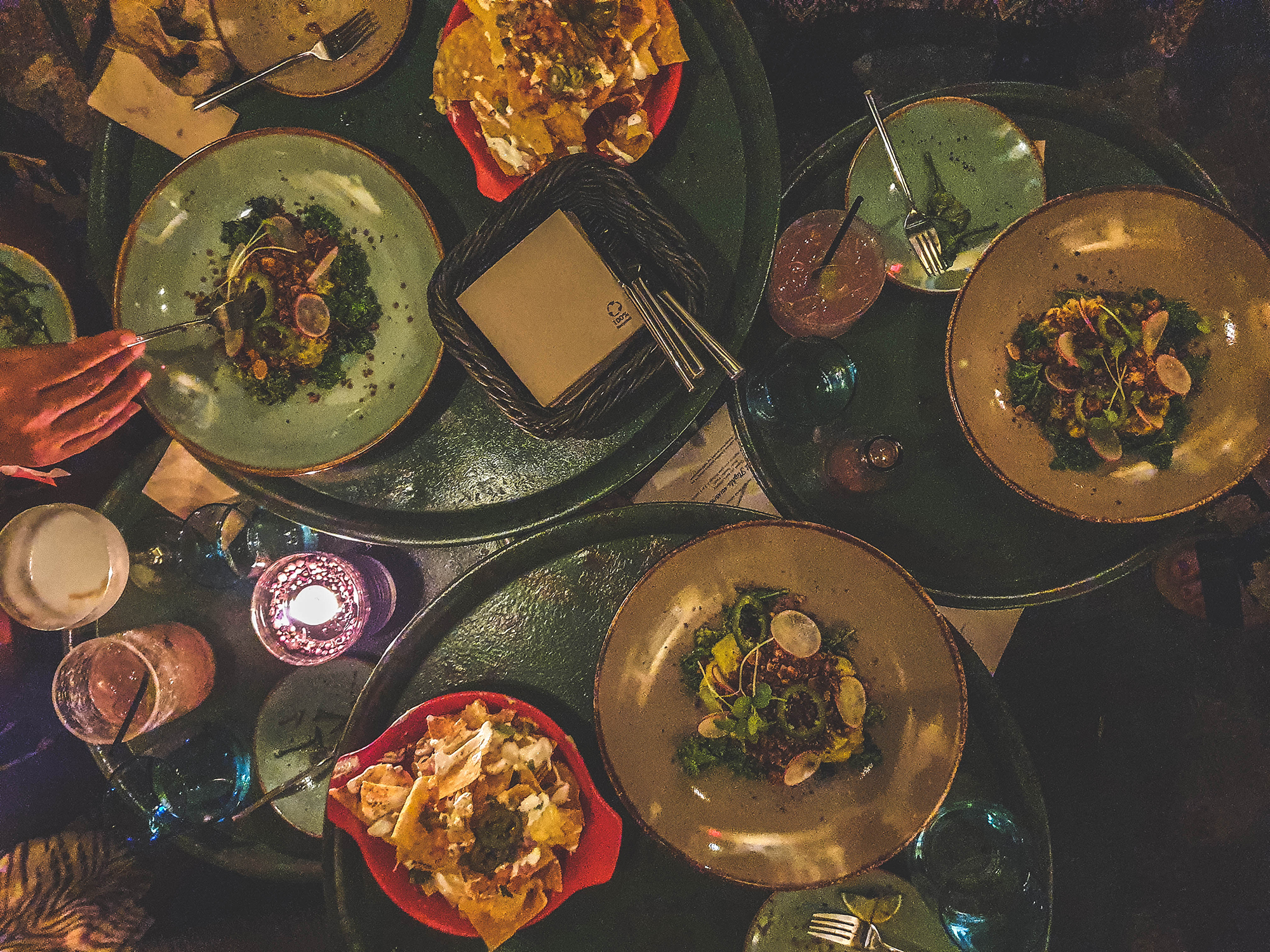 Vakantie-naar-curacao-shared-dining